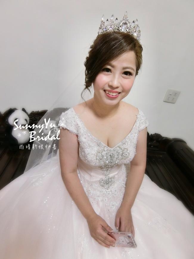 新娘白紗造型|新娘皇冠造型|白紗禮服|紐約紐約|kosir攝影棚|新娘秘書雨晴|嘉義新秘推薦|樂億皇家度假酒店