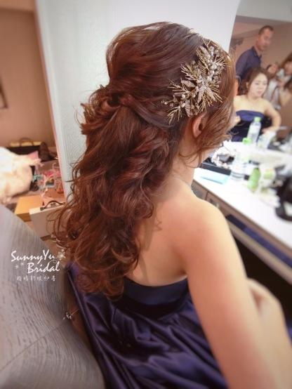 晚禮服造型|短髮新娘髮型|浪漫髮型|長捲髮造型|台北新秘雨晴|內湖新秘雨晴