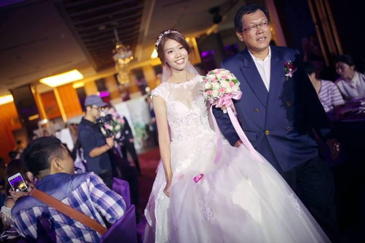 新人進場|嘉義新娘秘書推薦|雨晴新娘秘書|嘉義婚攝推薦|愛依賴婚禮攝影