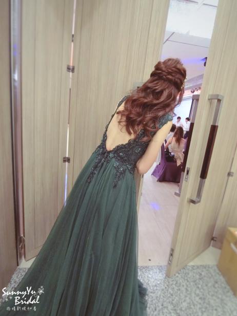新娘整體造型|新娘髮型|公主頭|新娘大波浪捲|嘉義新秘推薦雨晴|