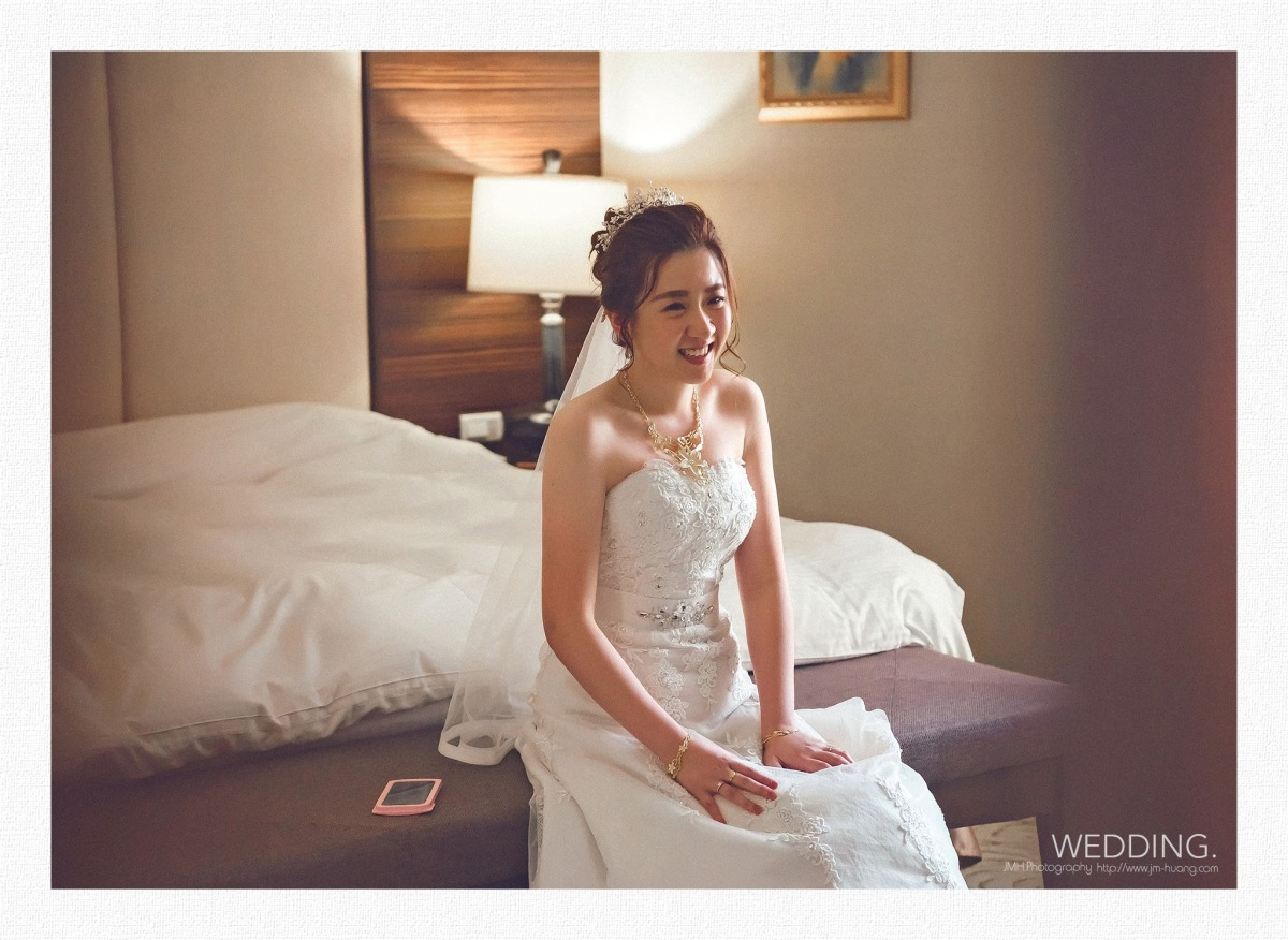 台北新秘|氣質典雅的新娘造型[新秘雨晴SunnyYu]祖華+家鳳結婚@台北世貿三三